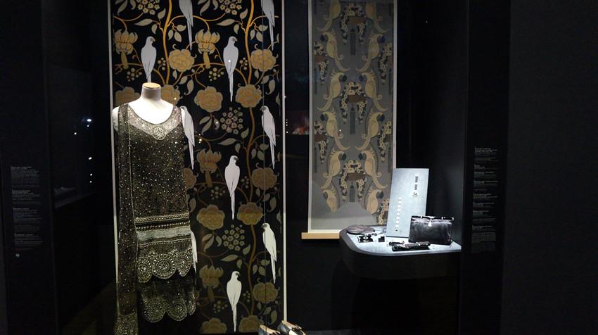卡地亚档案馆空间设计_橱窗展示|视觉营销,橱窗效果图,陈列师【实木
