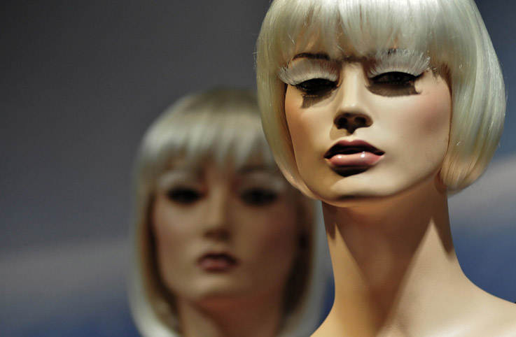 lv泳装模特设计_橱窗展示|视觉营销,橱窗效果图,陈列师【实木衣架定制