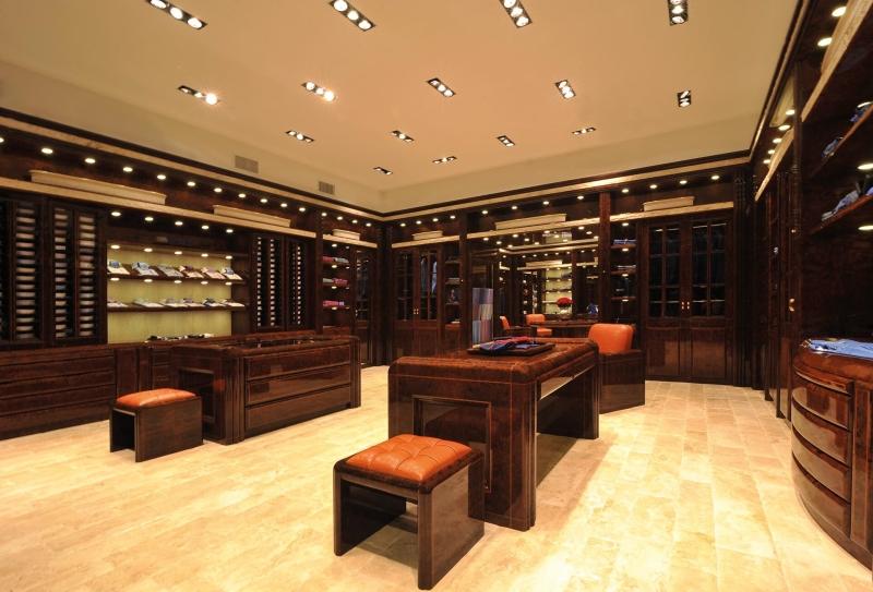 我即将独自远行-史帝芬_空间设计,专卖店设计,服装专卖店设计【服装道具制作首选宅喜欢】